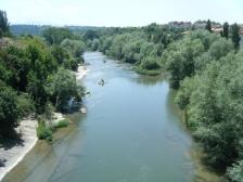 Cruzando el río Ter en Roda de Ter