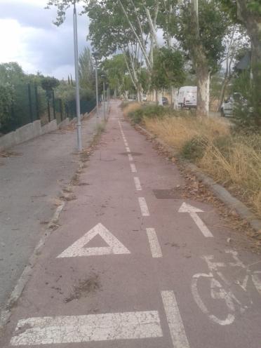 Únic carril bici de Sentmenat, només dona servei a un col·legi privat...