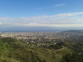 BCN se veía exultante, ambiente limpio y con alta visibilidad. Vista al centro de la ciudad.
