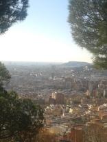 Vistas de Barcelona desde Torre Baró, inicio del Passeig de les Aigües