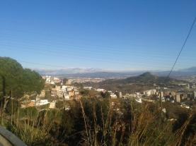 Vista del Vallès i Turó de Montcada desde Torre Baró