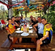 Reencuentro en el Farell con compañeros y buen almuerzo en la Yané. Buen verano a todos... ah! No, espera, que faltan dos segmentos!