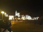 Tras un pedalear en grupo, llegamos a Palma a medianoche, en grupo, unidos.